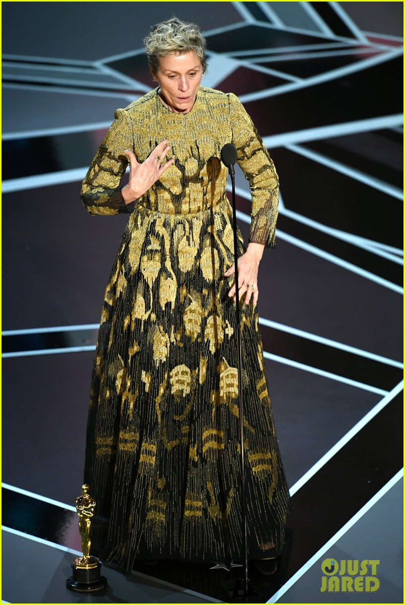 Frances Mcdormand Wins Best Actress At Oscars 2018 Recognizes All Female Nominees Video Photo 4044748 2018 Oscars Frances Mcdormand Oscars Pictures Just Jared