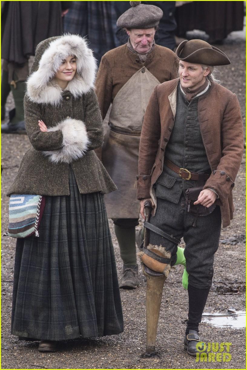 outlanders sophie skelton films season four in scotland