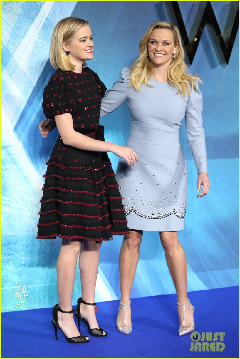 reese witherspoon ava wrinkle in time uk 044050110