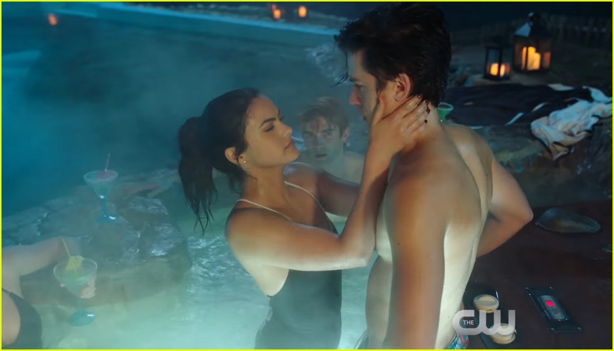 riverdale sexiest episode ever 014042379
