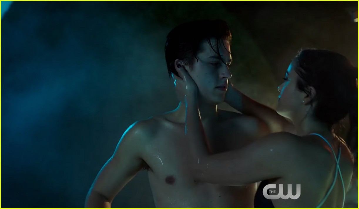 riverdale sexiest episode ever 044042382