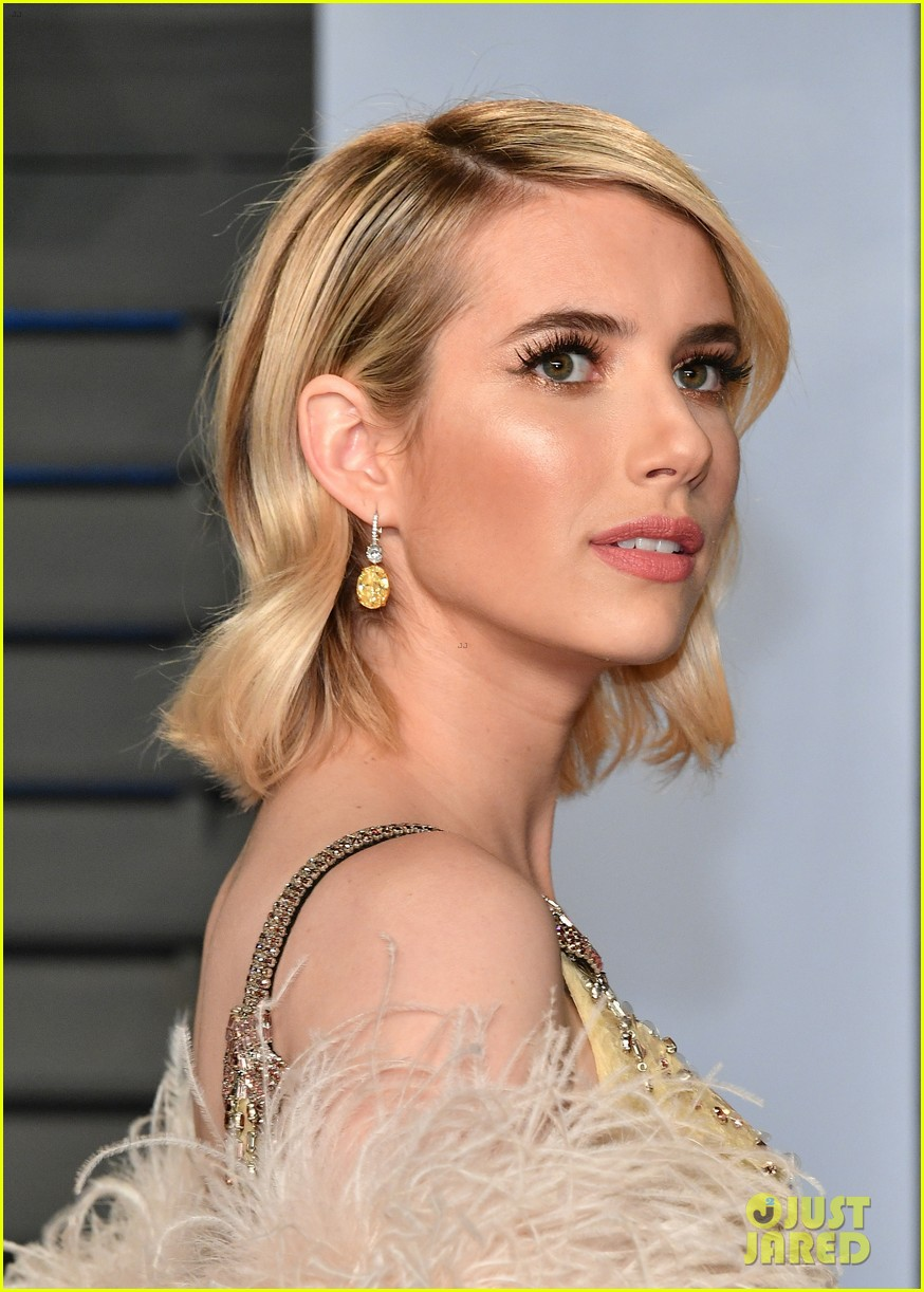 Emma Roberts Evan Peters Are Picture Perfect At Vanity Fair Oscars Party 2018 Photo 4045412 2018 Oscars Parties David Miller Emma Roberts Evan Peters Ryan Murphy Pictures Just Jared