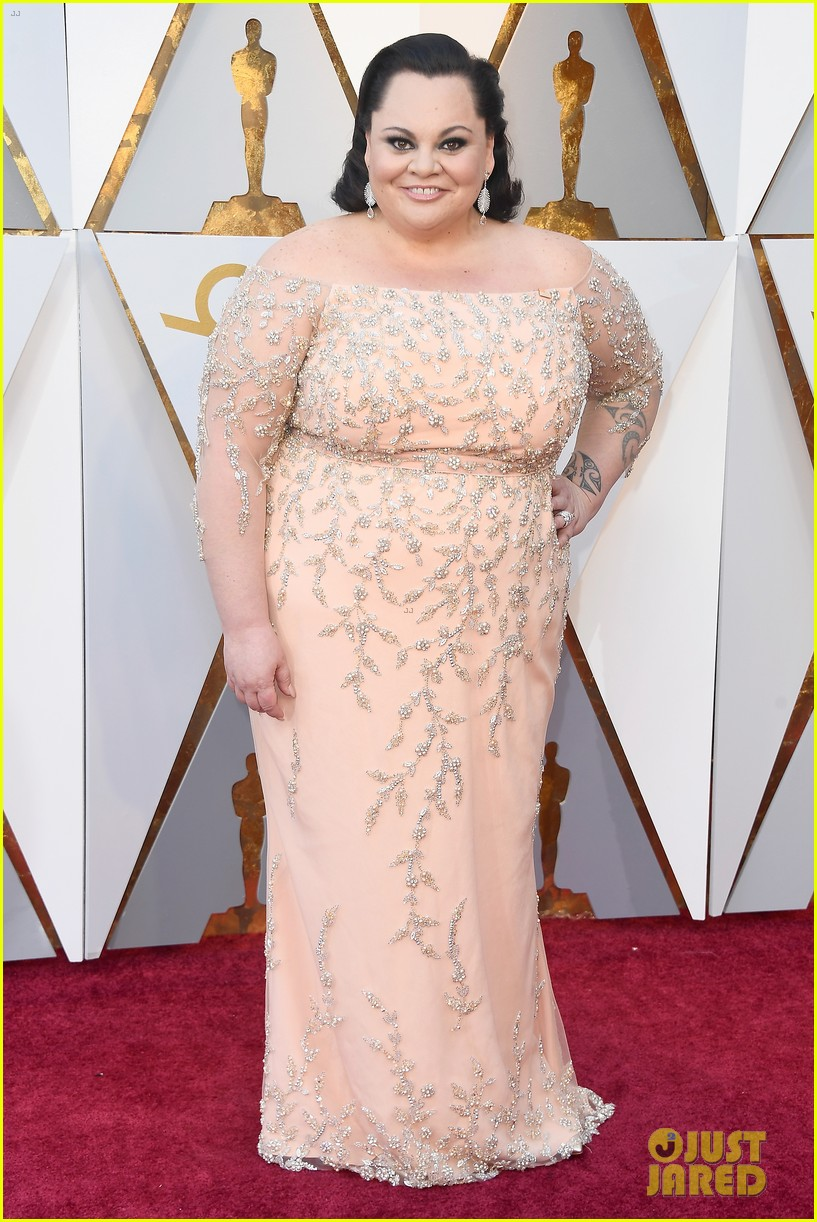keala settle oscars red carpet 034044387