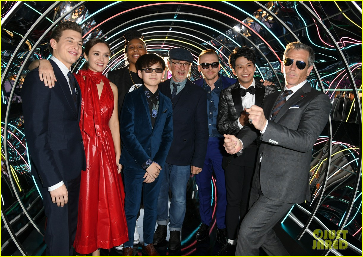 tye sheridan olivia cooke and lena waithe premiere ready player one in hollywood 014056457