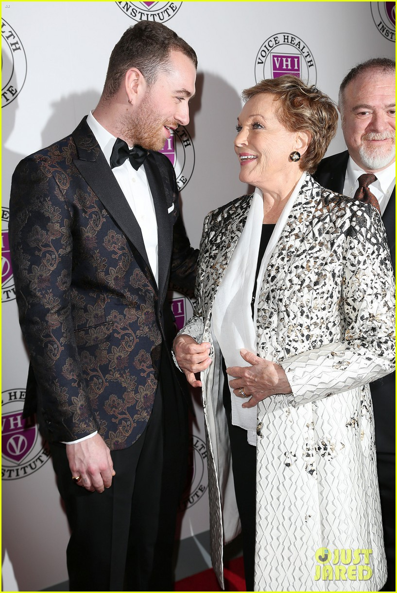 sam smith and christina perri honor julie andrews at raise your voice concert 044046381