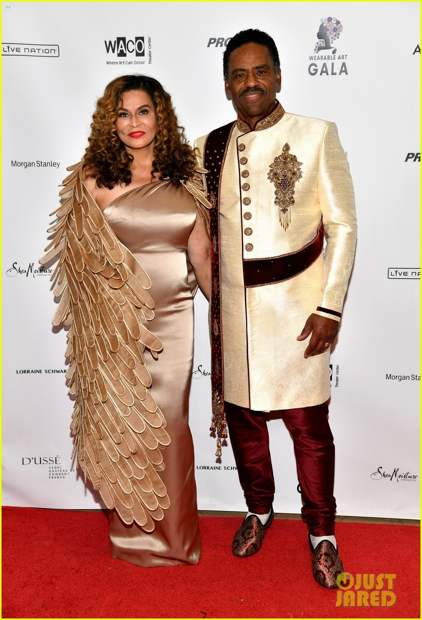 tina knowles joins husband richard lawson more wearable art gala 034052580