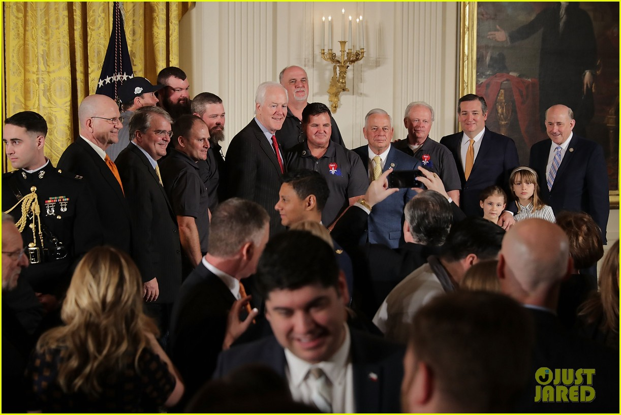 houston astros 2 plays skip white house visit 044050642