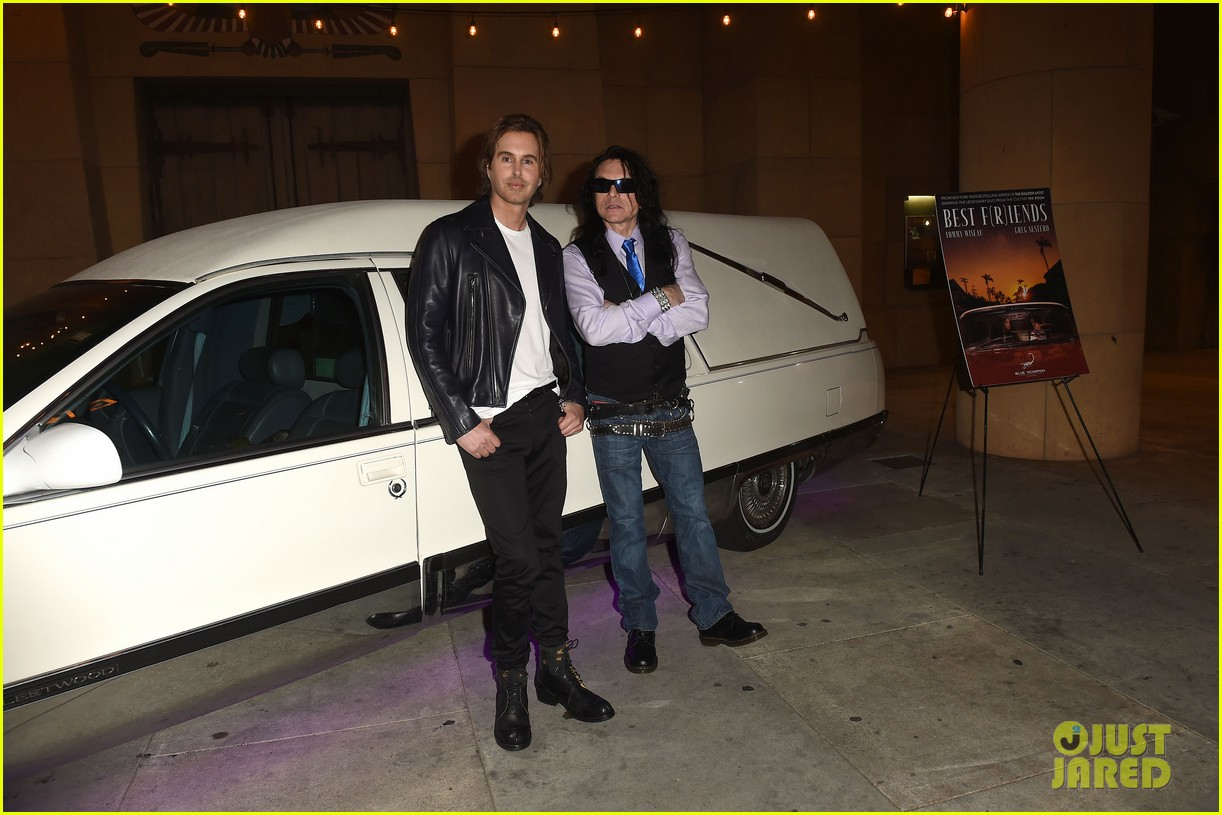 tommy wiseau greg sestero best friends premiere 054057765