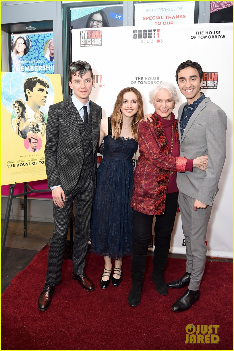 jalex woff asa butterfield premiere house of tomorrow nyc 024066803