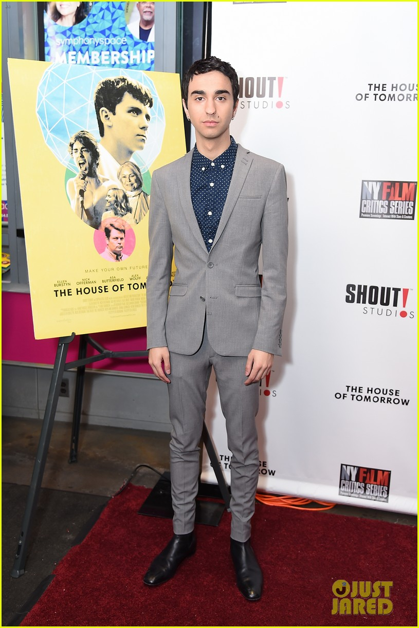 jalex woff asa butterfield premiere house of tomorrow nyc 034066804
