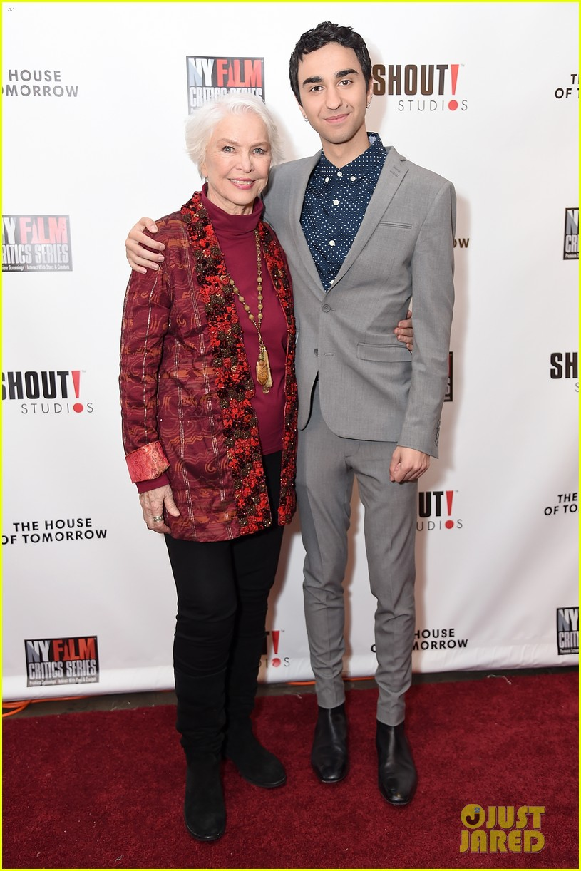 jalex woff asa butterfield premiere house of tomorrow nyc 094066810