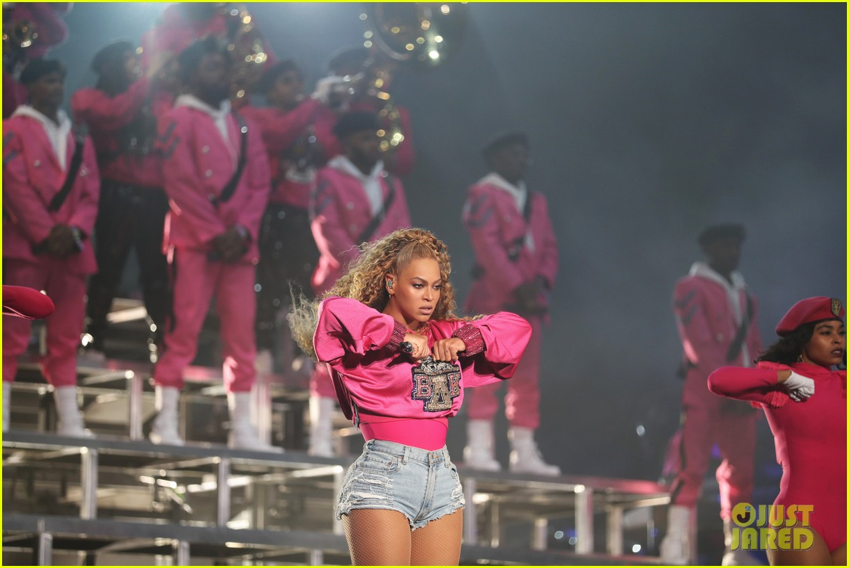 beyonce slays the stage during coachella weekend 2 performance 044068865