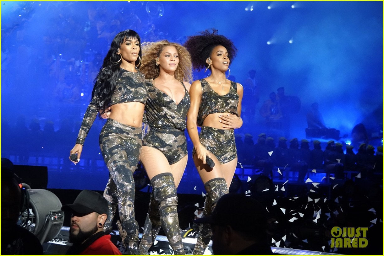 Destiny's Child Reunites at Coachella for Beyonce's Set ...