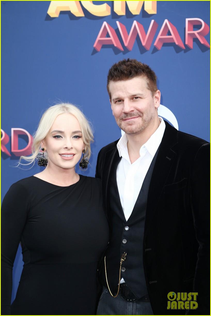 David Boreanaz Amp Wife Jaime Make Rare Appearance Together