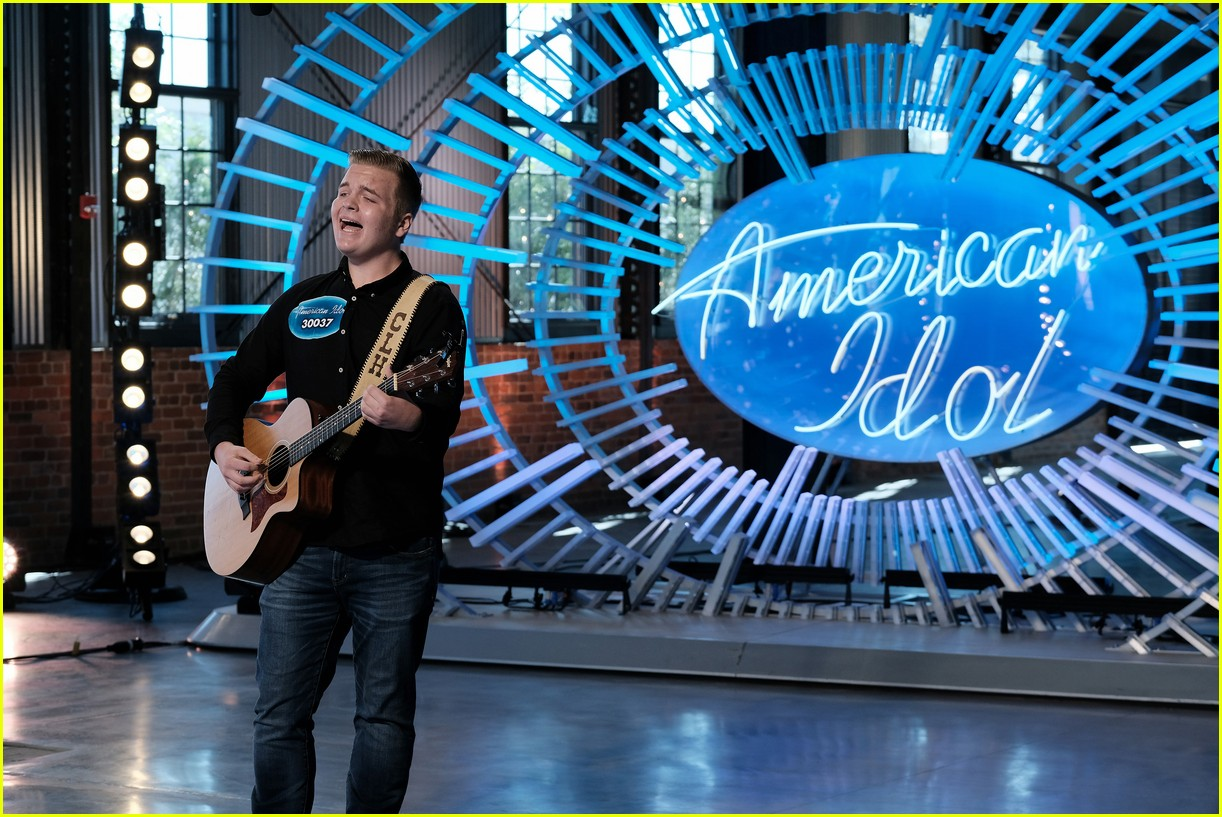 caleb lee hutchinson american idol weight loss 024065619