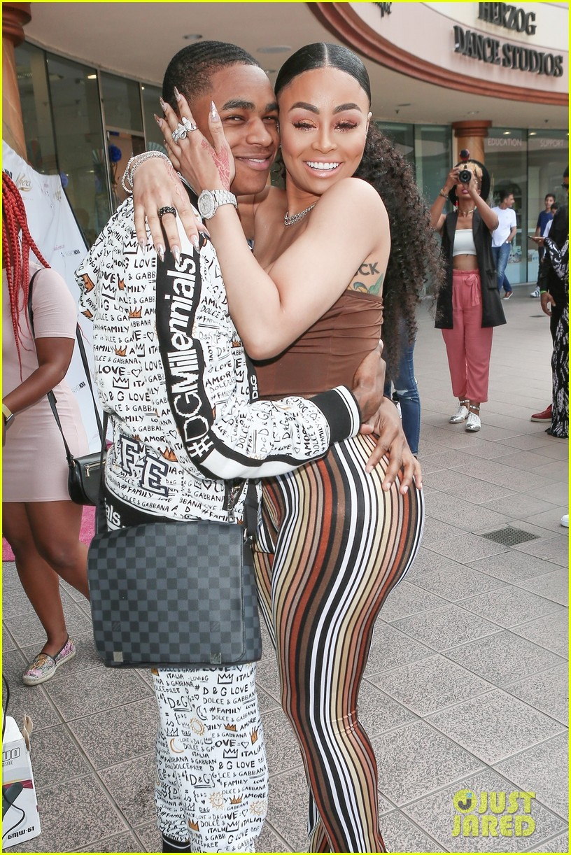 Blac Chyna Pregnant Expecting Baby With 18 Year Old Boyfriend