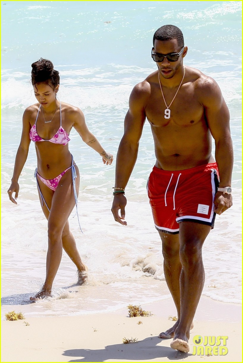 Victor Cruz Amp Girlfriend Karrueche Tran Bare Beach Bodies