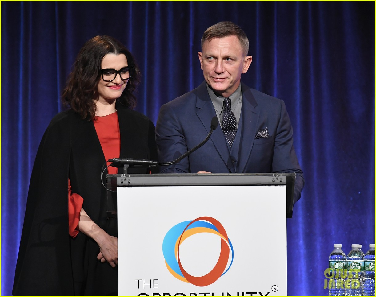 daniel craig rachel weisz night of opportunity nyc 074062180