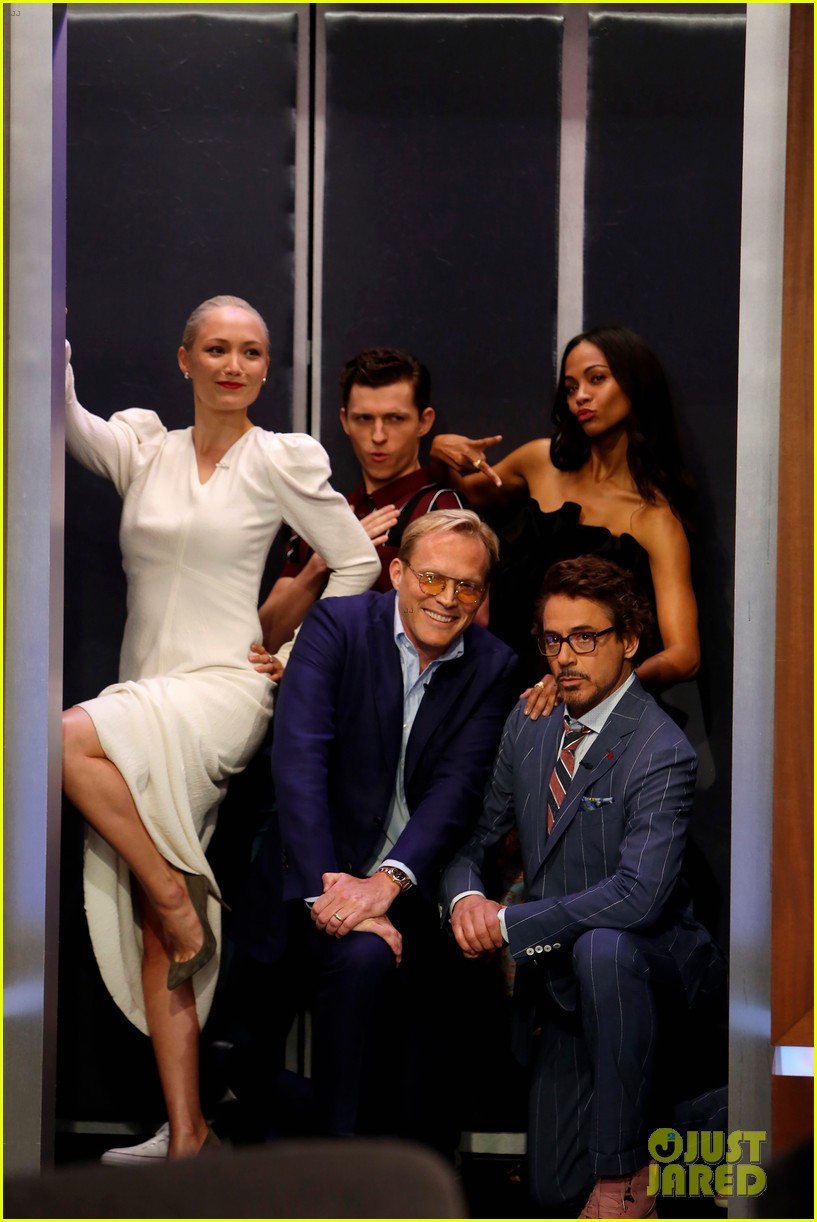 robert downey jr tom holland zoe saldana more debut new avengers infinity war jkl 014071575