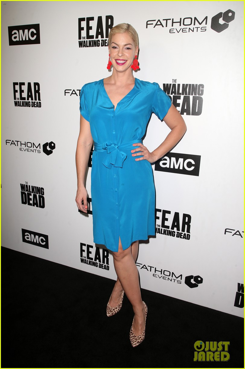 jenna elfman maggie grace more join forces at the walking deads survival sunday 11