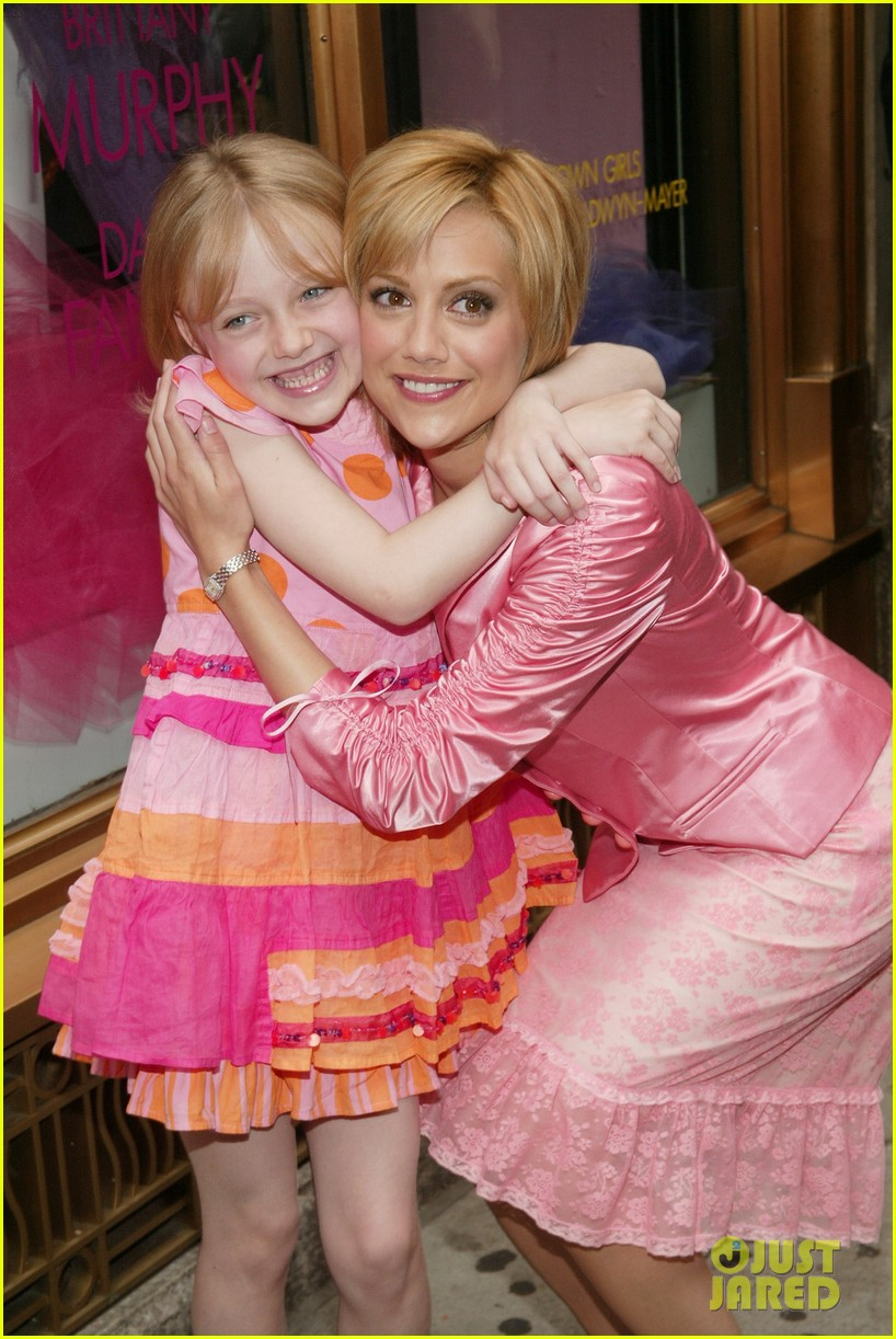 Dakota Fanning Remembers Brittany Murphy, Eight Years After Her ...