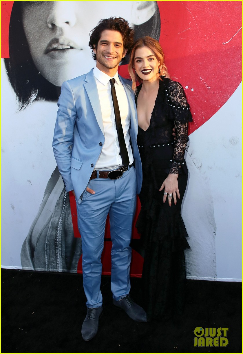 lucy hale tyler posey truth or dare premiere 014063747