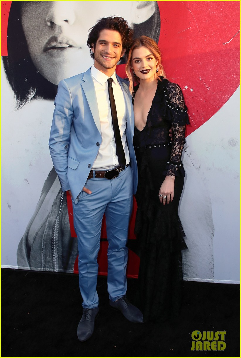 lucy hale tyler posey truth or dare premiere 084063754