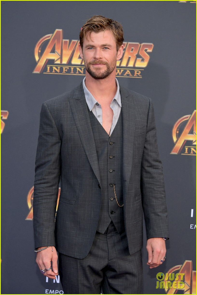 chris hemsworth and tom hiddleston represent thor at avengers premiere 174071159