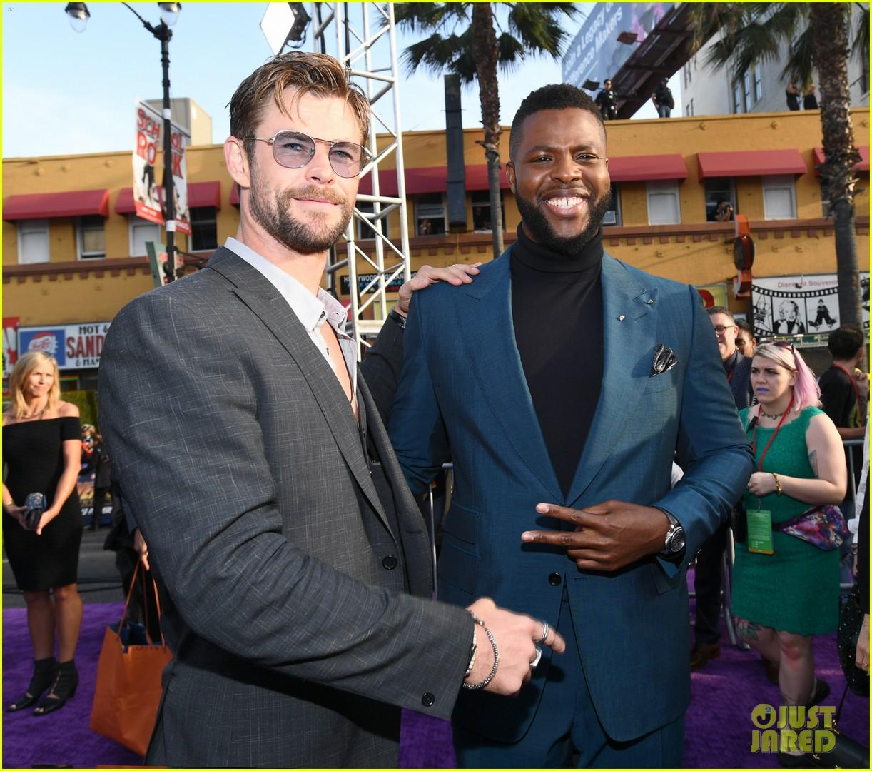 chris hemsworth and tom hiddleston represent thor at avengers premiere 224071164