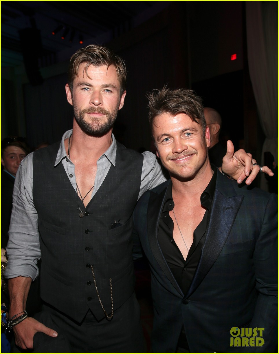 luke hemsworth supports brother chris at avengers infinity war global premiere 424071363