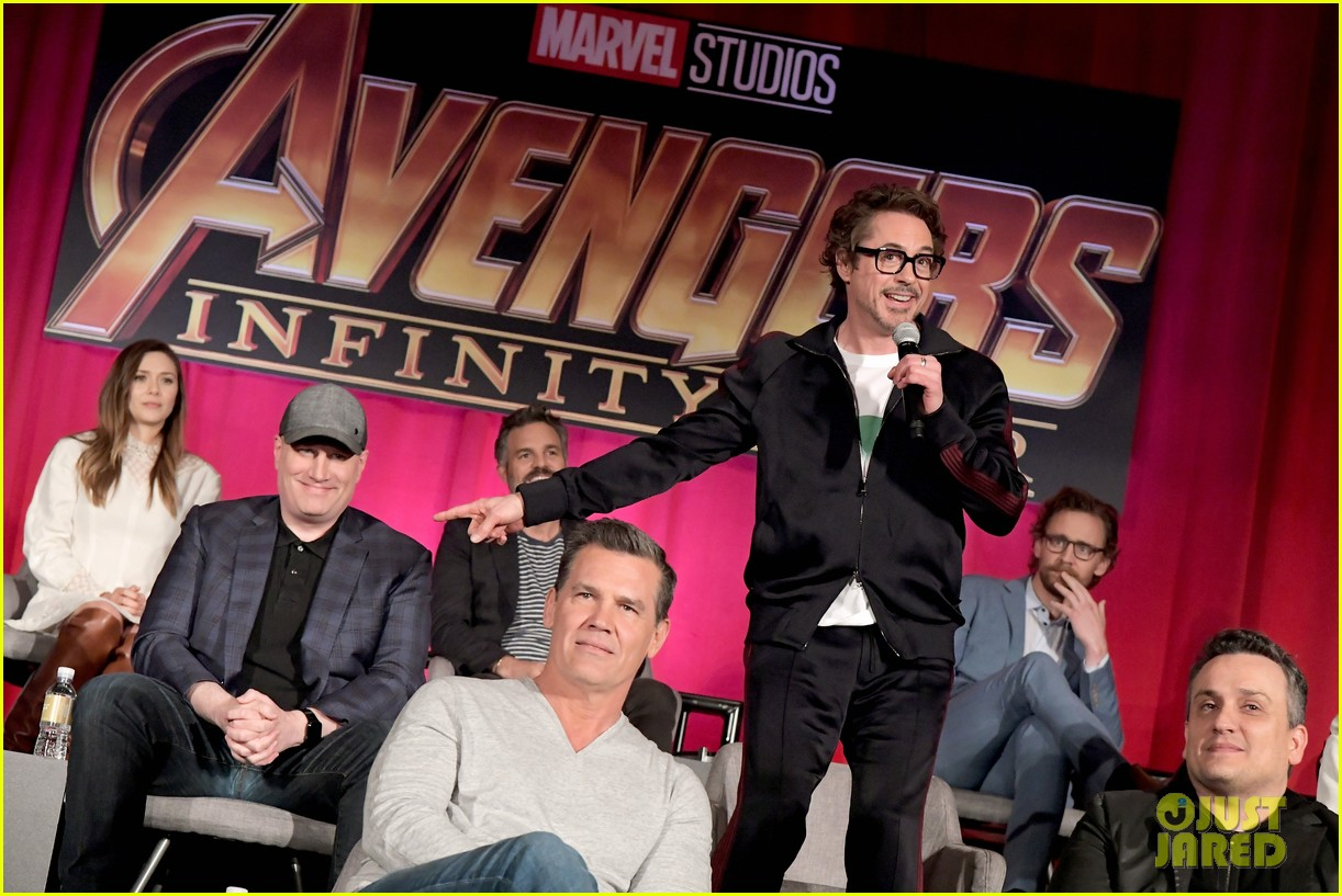 avengers infinity war cast get together for global press conference 024069186