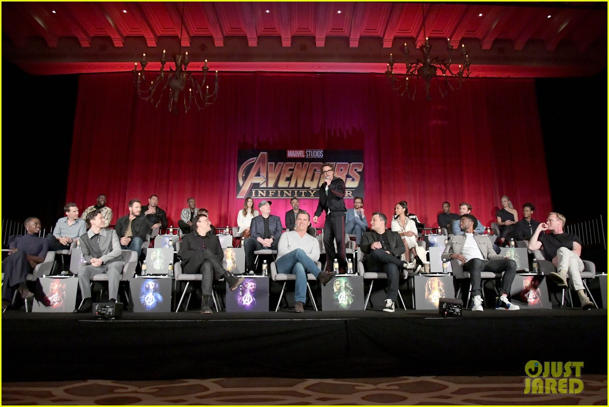 avengers infinity war cast get together for global press conference 664069250
