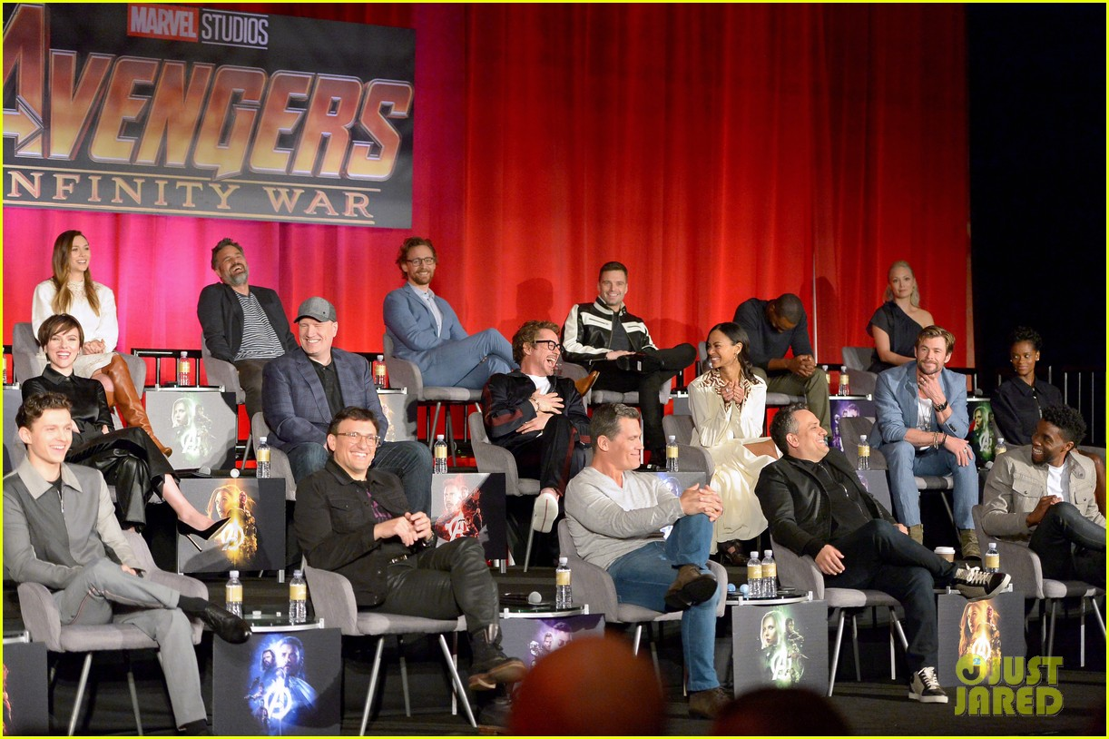 avengers infinity war cast get together for global press conference 684069252