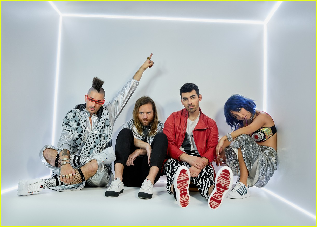 joe jonas and dnce launch new shoe collection with k swiss 034068250