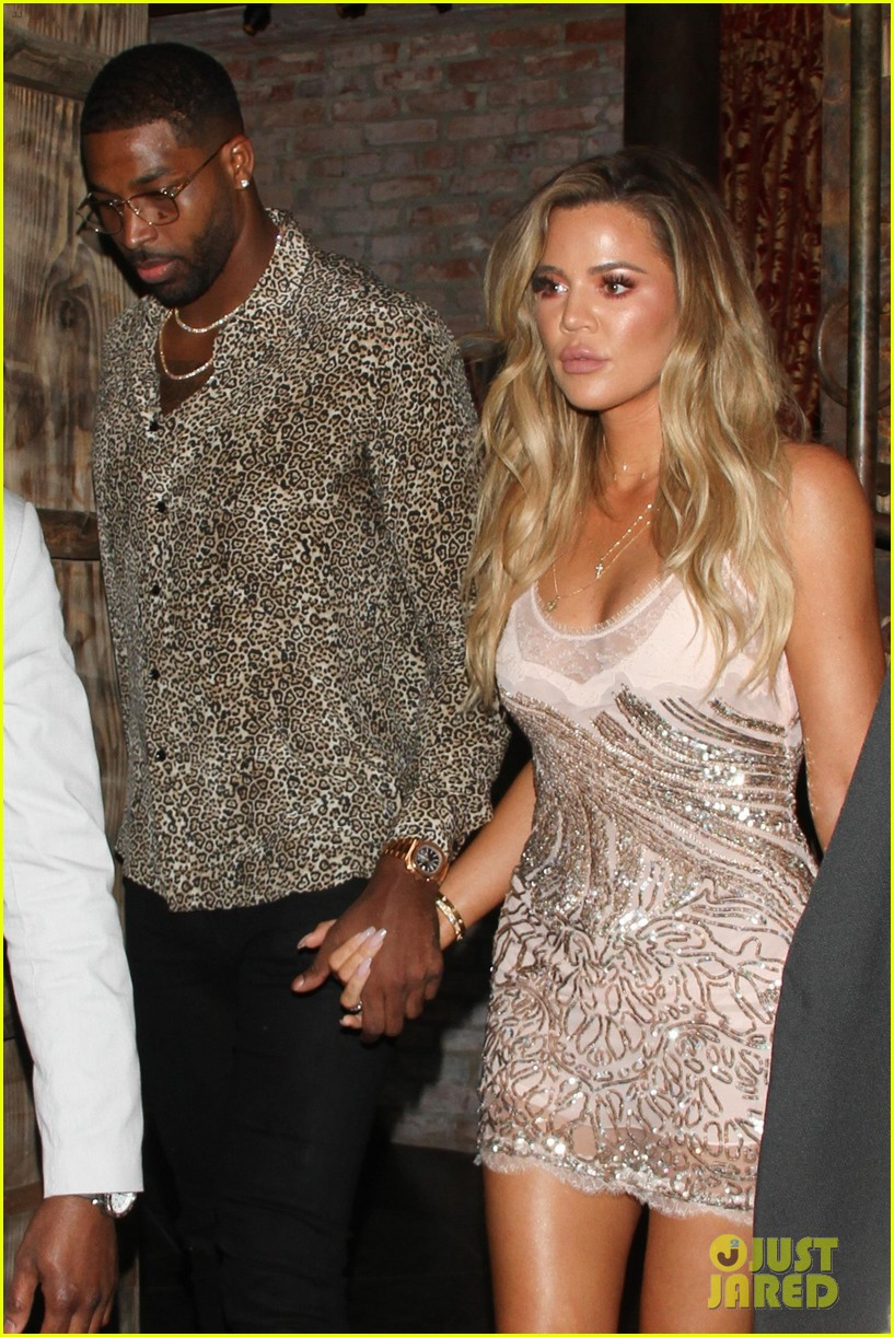 khloe kardashian gives birth 024065877