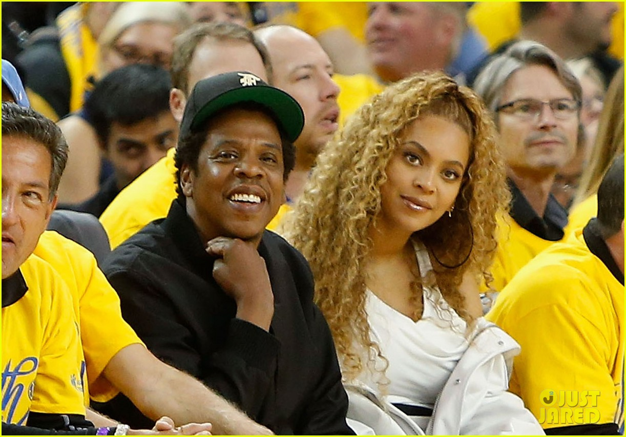 Image result for Beyoncé and Jay-Z Attend the Warriors vs Pelicans Game