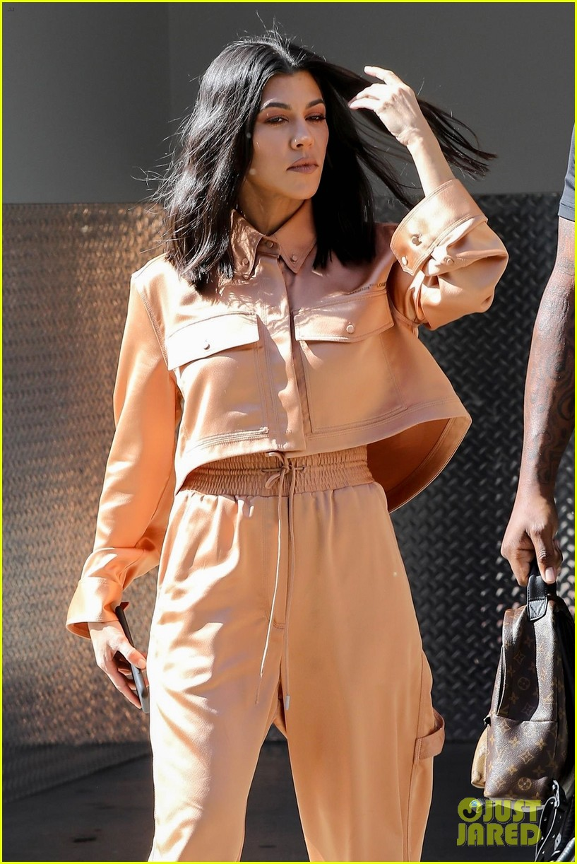 kourtney kardashian kris jenner april 2018 la 034072259