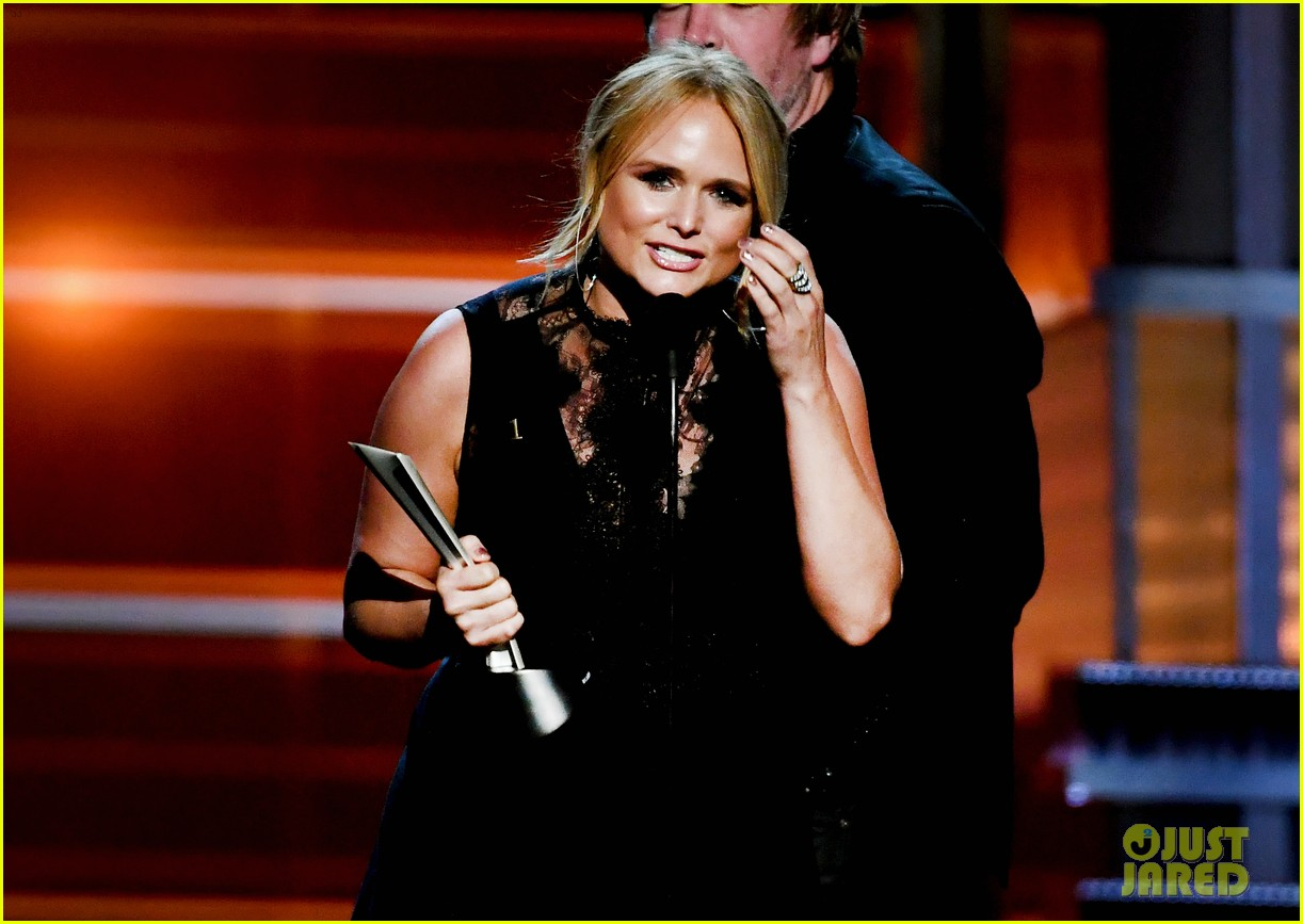 miranda lambert makes acm awards history 024065514