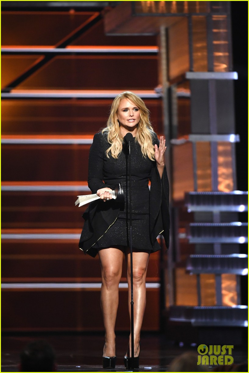miranda lambert makes acm awards history 034065515