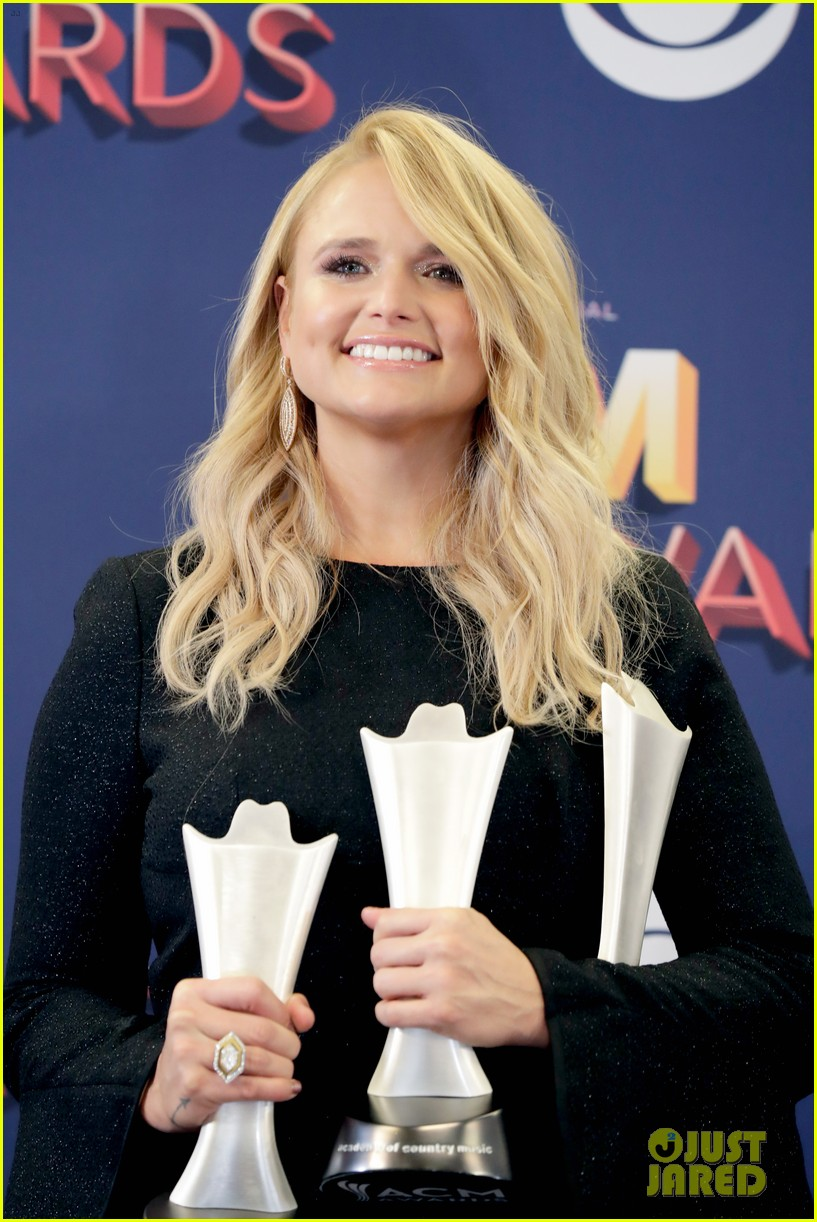 miranda lambert makes acm awards history 104065522