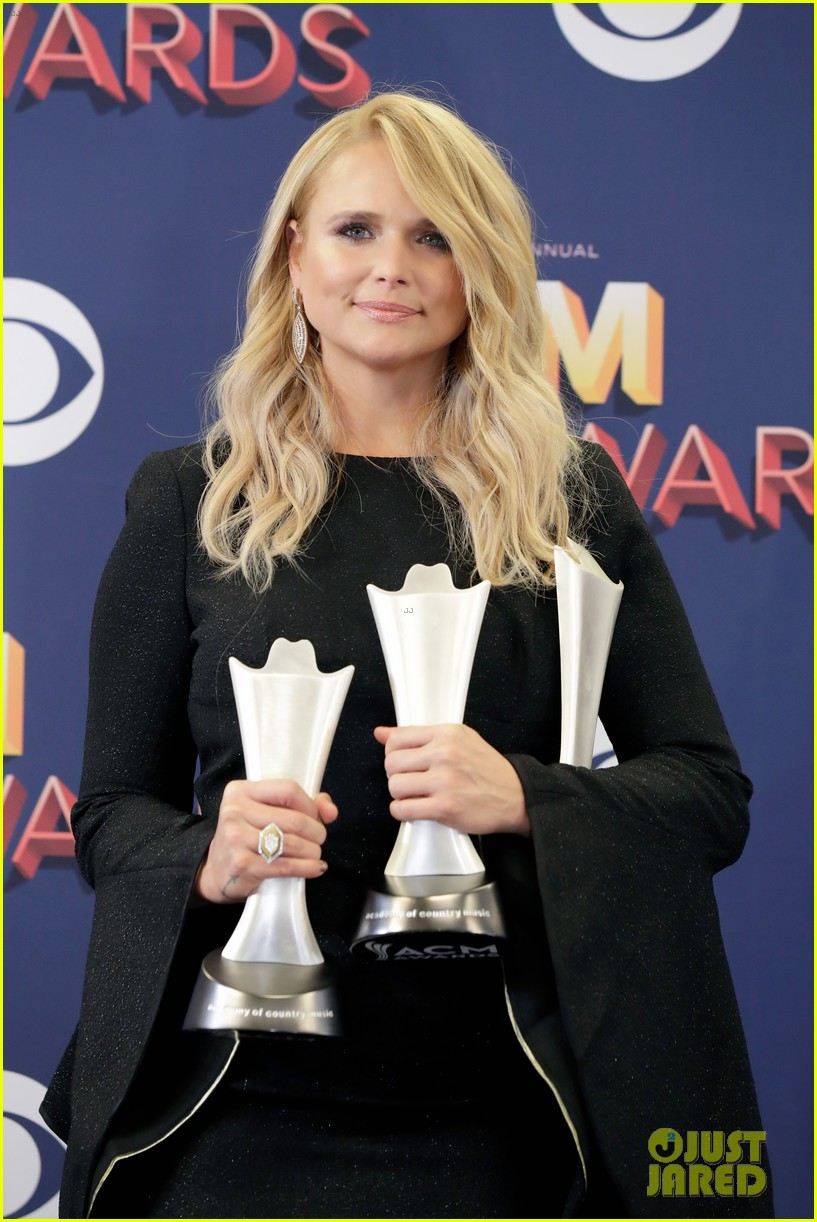 miranda lambert makes acm awards history 114065523