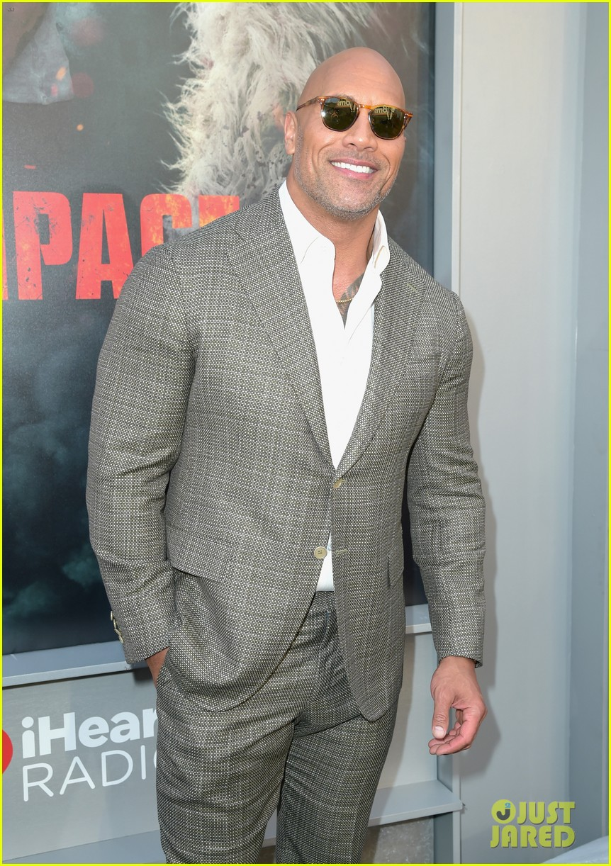 dwayne johnson malin akerman joe manganiello premiere rampage 224060206