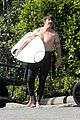 chris martin surfing anthony kiedis 01