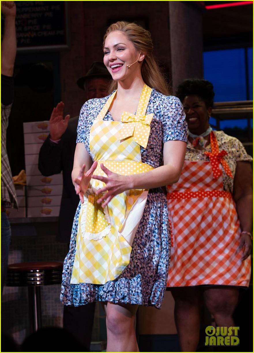 Katharine Mcphee Makes Her Broadway Debut In Waitress Photos Photo 4062599 Broadway Katharine Mcphee Pictures Just Jared