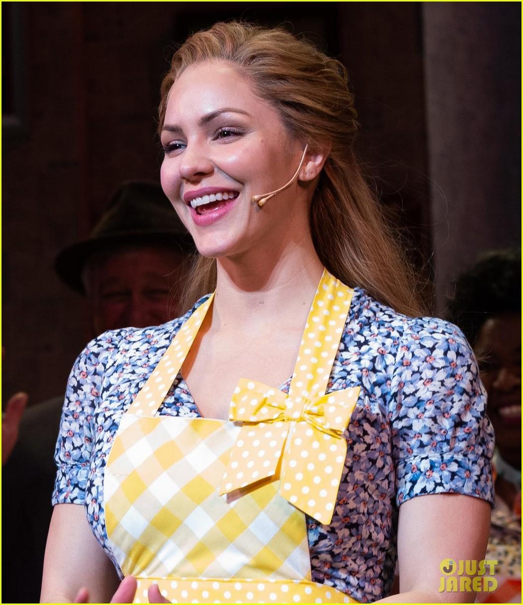 Katharine Mcphee Makes Her Broadway Debut In Waitress Photos Photo 4062602 Broadway Katharine Mcphee Pictures Just Jared