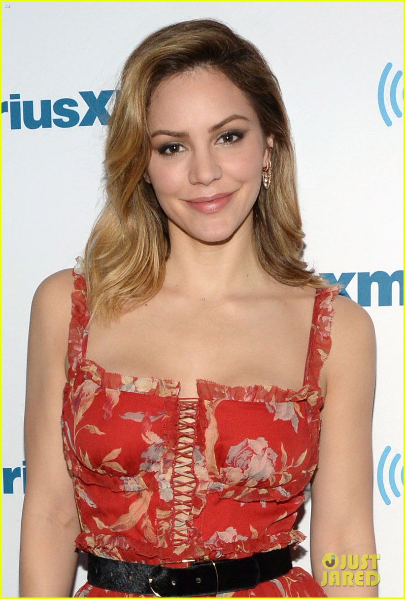 katharine mcphee goes glam while promoting waitress in nyc 044073203