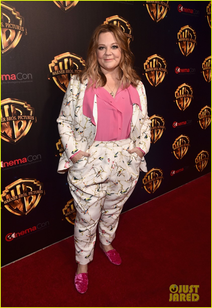 melissa mccarthy steps out cinemacon 2018 014071967