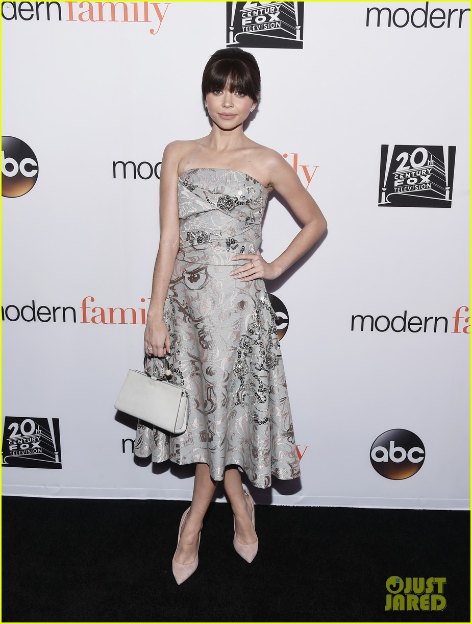modern family cast teams up for fyc event in hollywood 034066186