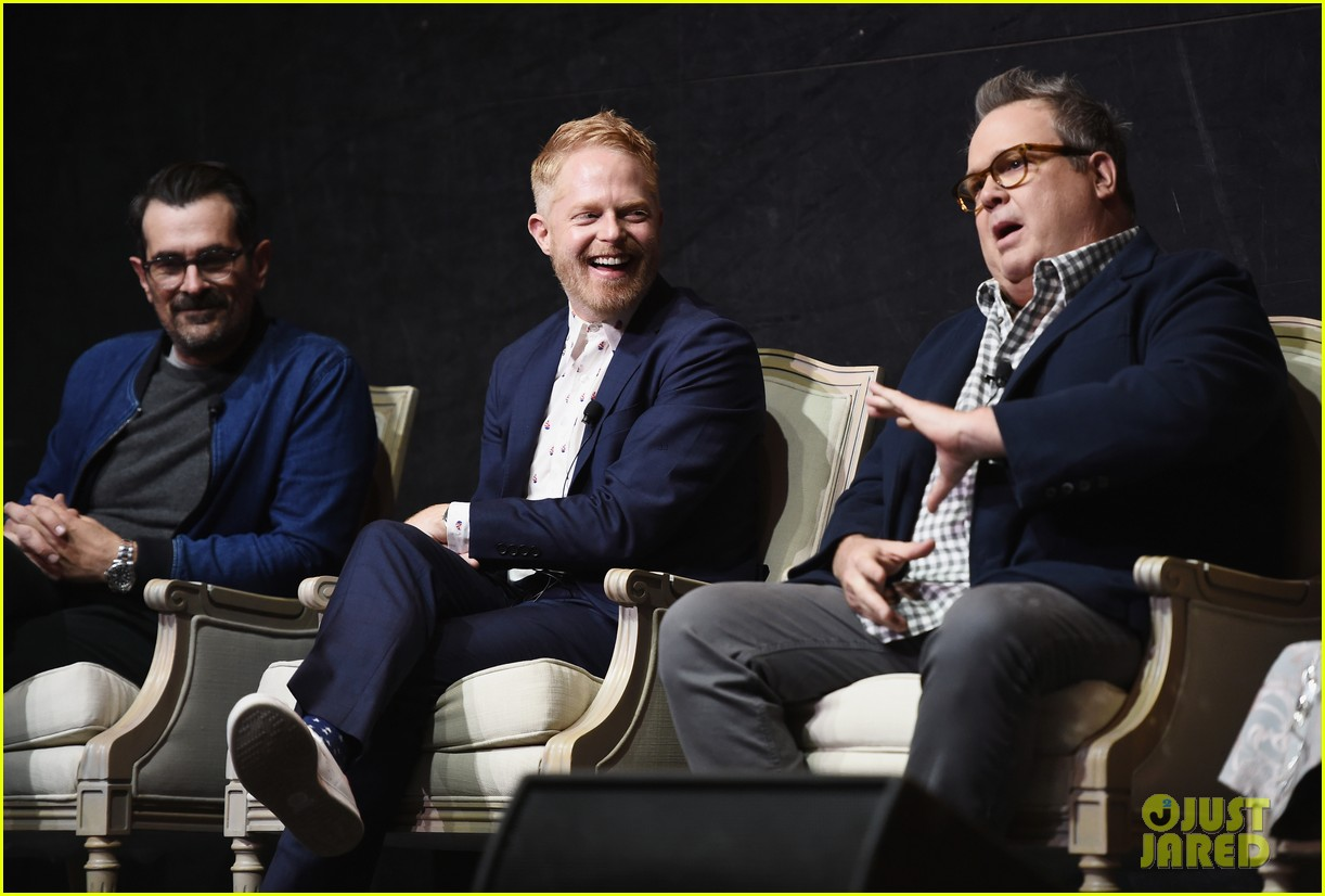 modern family cast teams up for fyc event in hollywood 054066188
