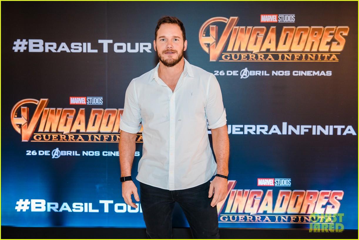 chris pratt reunites with during avengers infinity war brazil press tour 104060301